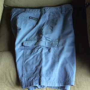 "Columbia 36 x 9"" cotton cargo twill 7 pkt shorts"